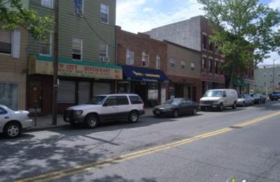 Into White Dental Arts Pllc - Long Island City, NY