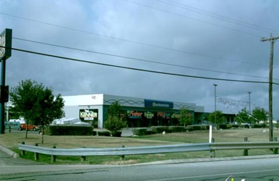 Travis Boating Center - San Antonio, TX