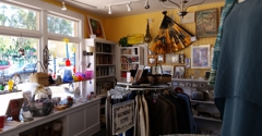 St John's Helpful Shop - Capitola, CA