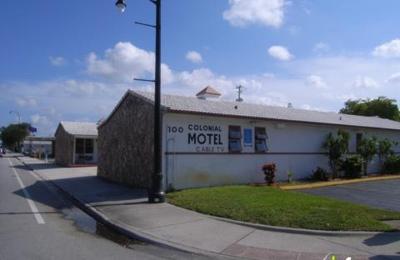 Colonial Motel - Hollywood, FL