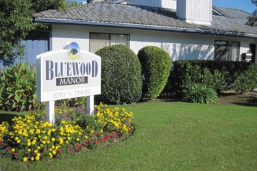Bluewood Manor Apartments