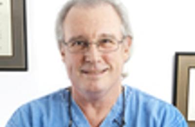 L Reed Michael MD - New York, NY