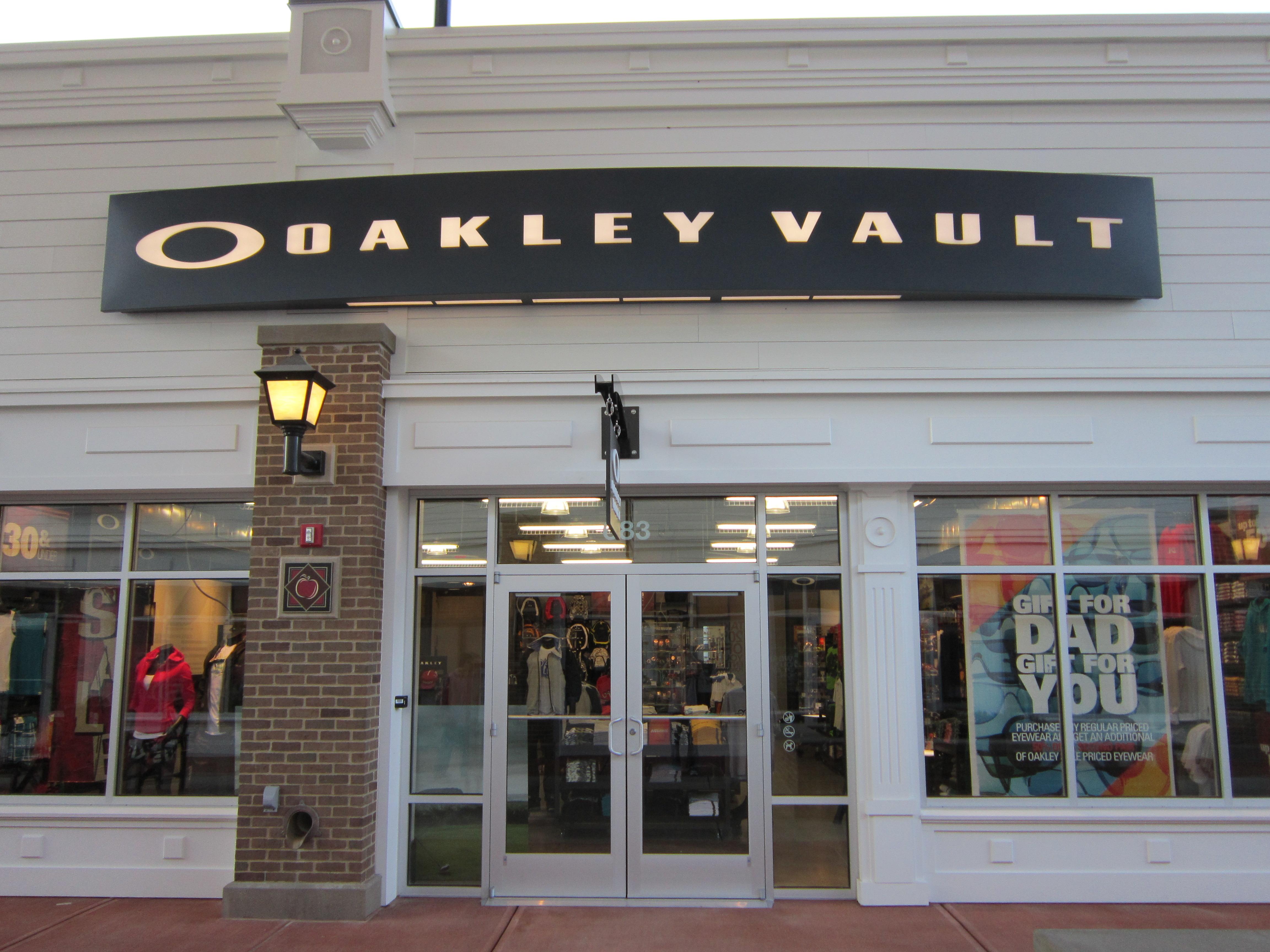 oakley outlet honolulu