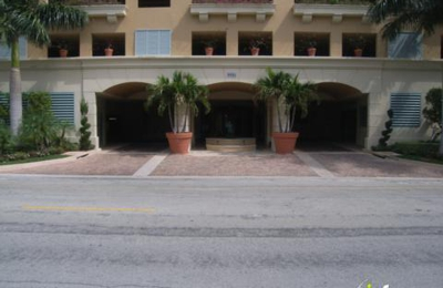 Carroll Walk Condominiums - Bay Harbor Islands, FL