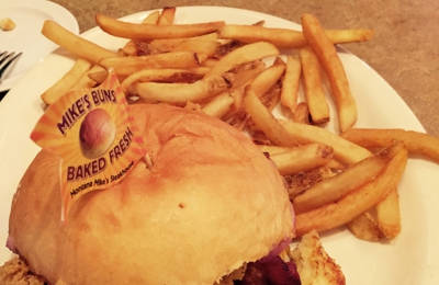 """Montana Mike's - Anderson, IN. """"THE"""" burger !!!"""