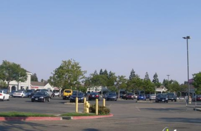 Raley's Supermarket - Pleasanton, CA
