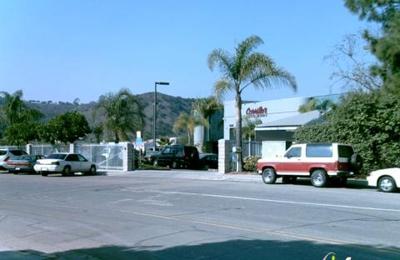 Carrillo & Sons Collision Ctr - San Diego, CA