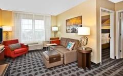 TownePlace Suites by Marriott Republic Airport Long Island/Farmingdale