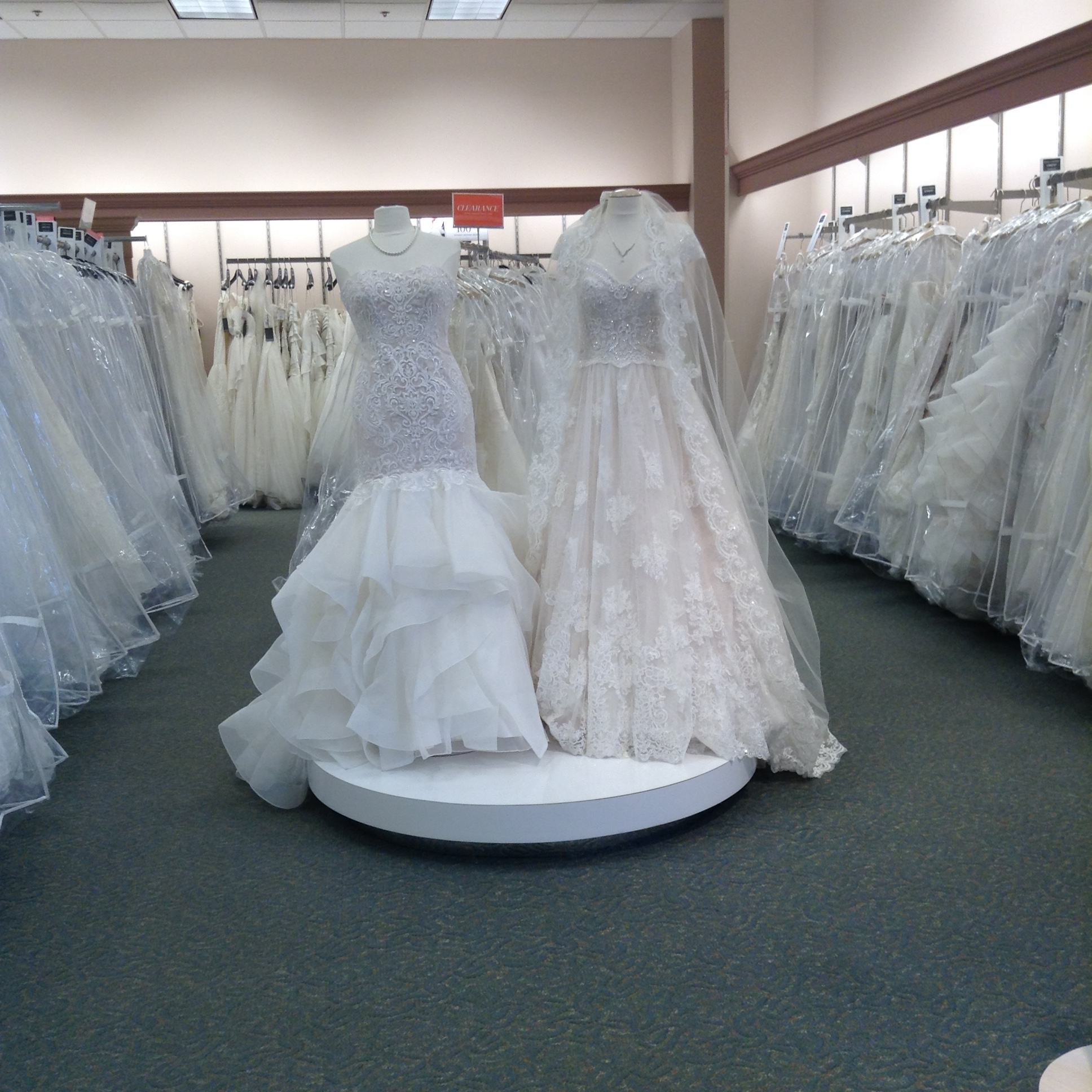 David S Bridal 713 S Perryville Rd Rockford Il 61108 Yp Com