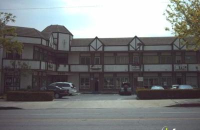 D W Henderson Jewelers - Burbank, CA