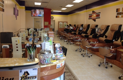 Gel nails and spa - Greenville, NC