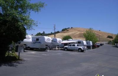 Marlin's RV Park - Martinez, CA