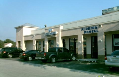 SKECHERS Factory Outlet - Tampa, FL