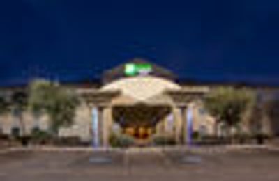 Holiday Inn Express & Suites Alice - Alice, TX