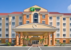 Holiday Inn Express & Suites Orlando East-UCF Area - Orlando, FL