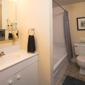 Imperial Towers - Philadelphia, PA. Bathroom