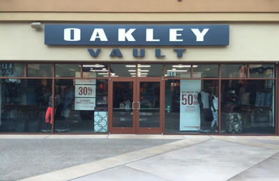 Oakley Vault - Woodburn, OR