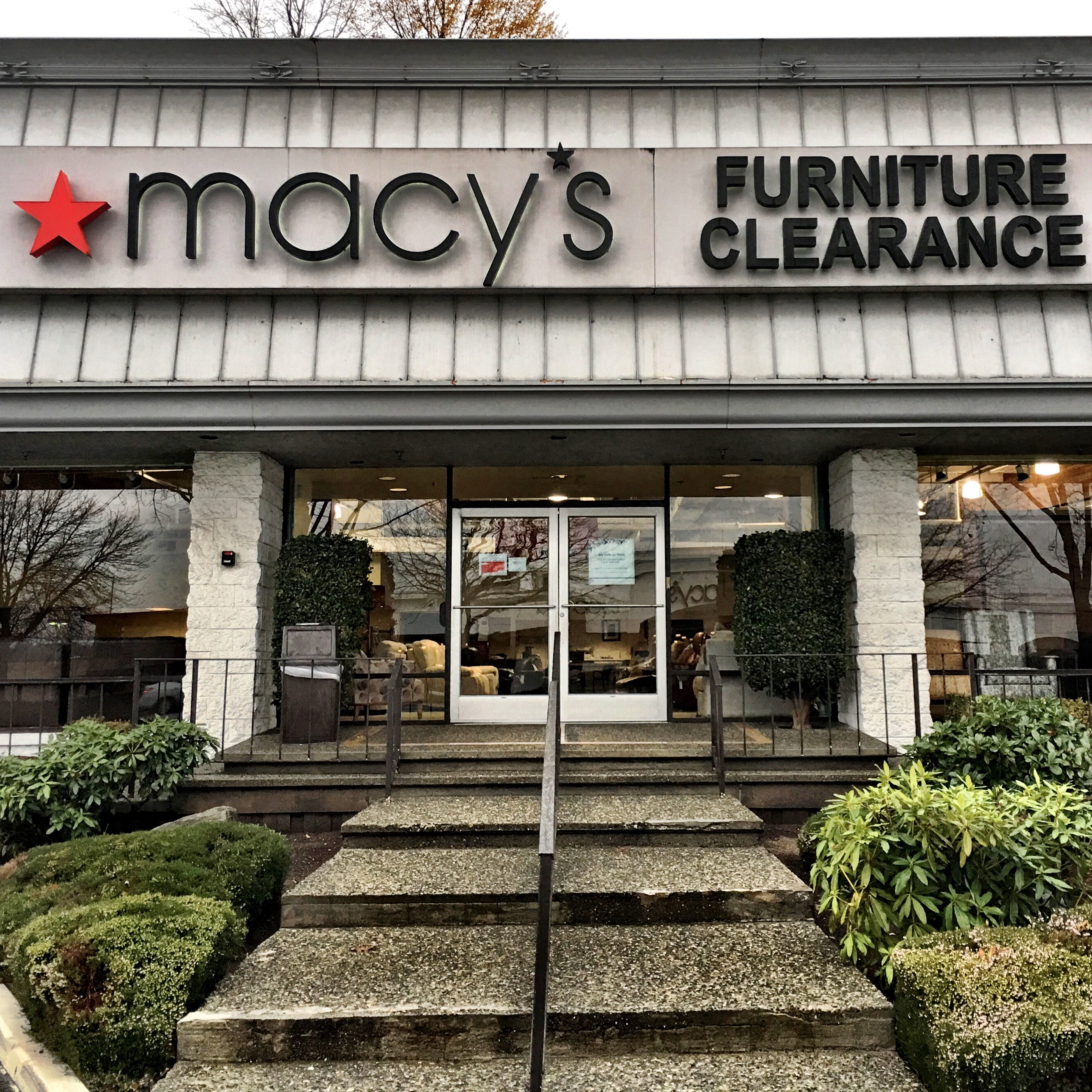 Macy's Furniture Gallery 17750 Southcenter Pkwy, Tukwila