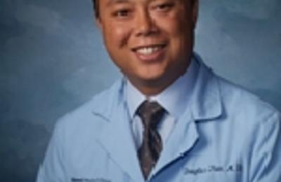Dr. Douglas Tran, MD - Naperville, IL