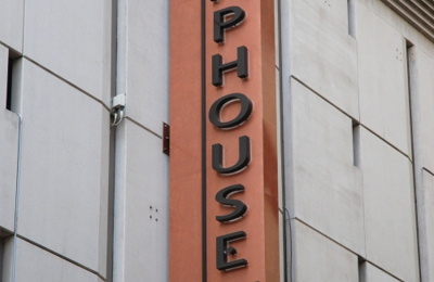 Tap House Grill - Seattle, WA