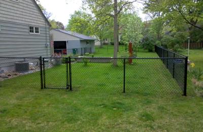 Southwest Michigan Fence - battle creek, MI. Black chain link vinyl