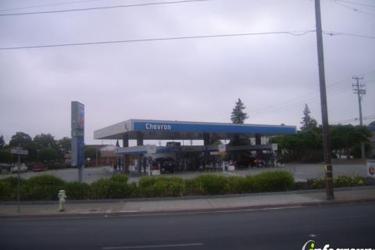 R & D Gas and Foodmart