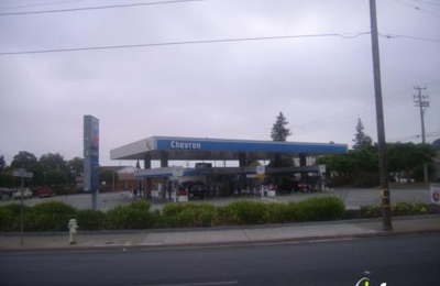 R & D Gas And Food Mart - Redwood City, CA