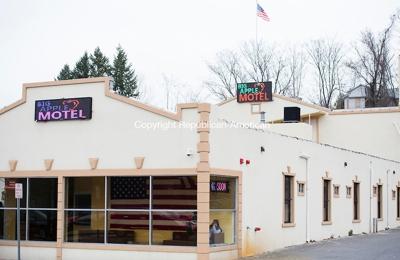 Wb Big Apple Motel - Waterbury, CT