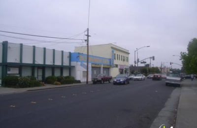 B & D Automotive Center - Redwood City, CA