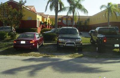 Garay, Maria - Miami, FL