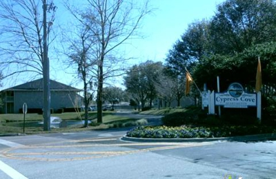 Cypress Cove Apartments - Jacksonville, FL