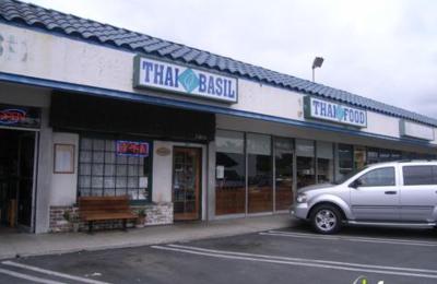 Thai Basils - Long Beach, CA