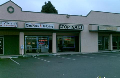 At the Top Nails - Anaheim, CA