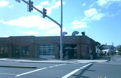 Lincoln City Glass Center - Lincoln City, OR
