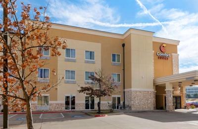 Comfort Suites West Dallas - Cockrell Hill - Dallas, TX