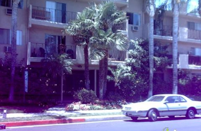 Newcastle Towers Apartments - Encino, CA