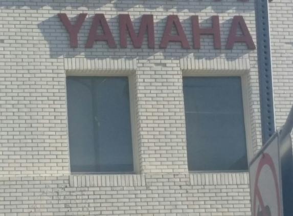 Yamaha Los Angeles Music Schl - Los Angeles, CA. Music school