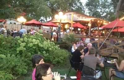 Awedaddys Bar & Grill - Gallatin, TN