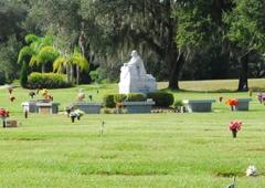 Lakeland Memorial Gardens   Lakeland, FL