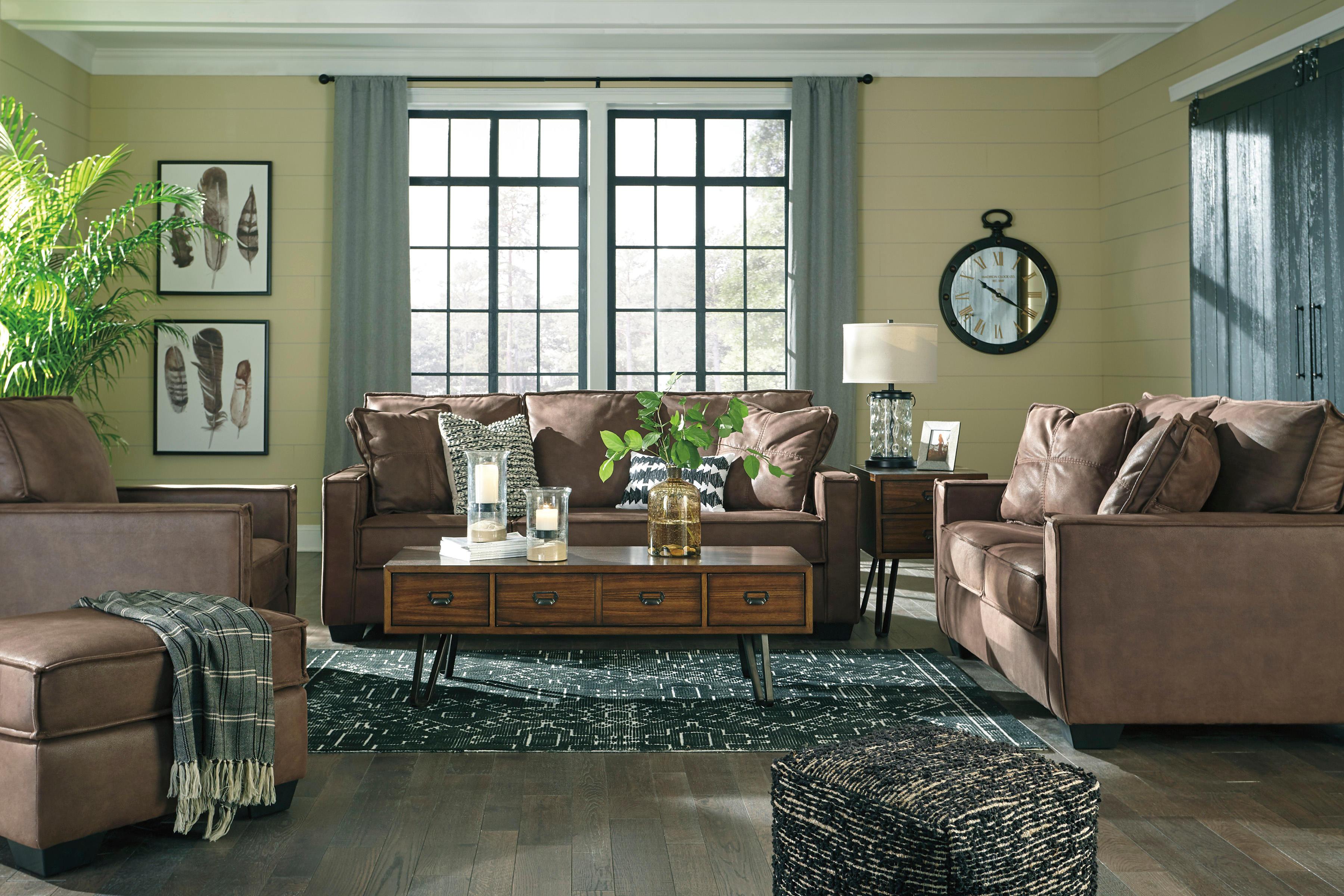 Wg R Furniture 800 Hansen Rd Green Bay Wi 54304 Yp Com