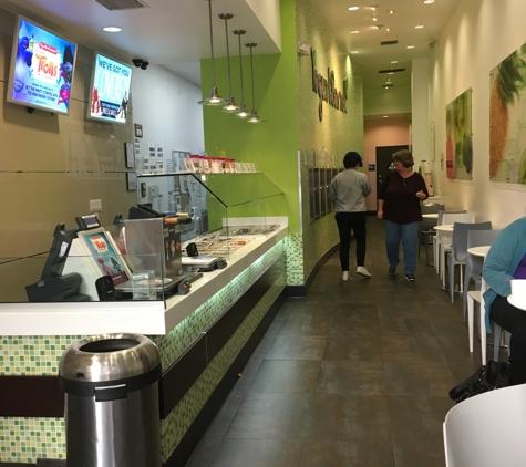 YogurtLand - Burbank, CA