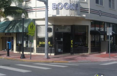 Renter's Cafe - Miami Beach, FL
