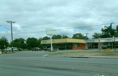 Taqueria Los Dos Laredos - San Antonio, TX