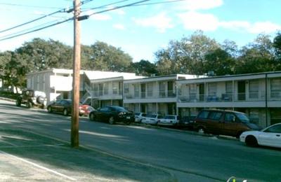 Lindsay Oaks Apartments - San Marcos, TX