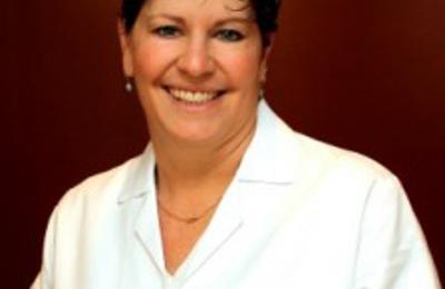 Dr Suzanne Rozenberg - Woodmere, NY
