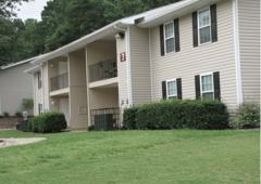 Eagles Nest Apartments 2900 Landrum Dr Sw Atlanta Ga 30311 Yp Com