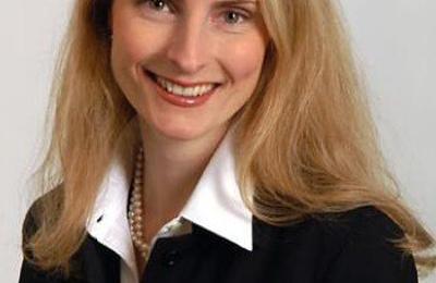 Dr. Amelie Lutz, MD - Stanford, CA