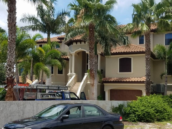American Painters Inc - Tampa, FL. Exterior painting in Palm harbor, FL