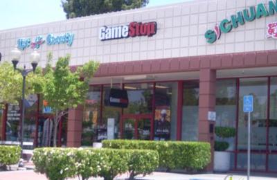 GameStop - Redwood City, CA