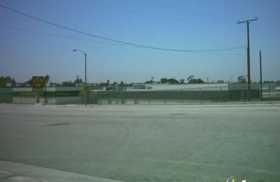 E Z Storage   Buena Park, CA
